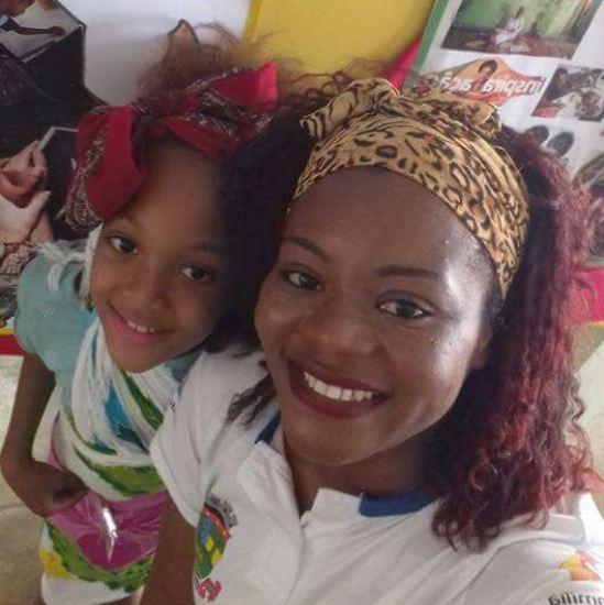 Mãe de aluno emociona ao falar de preconceito durante evento em escola de Linhares