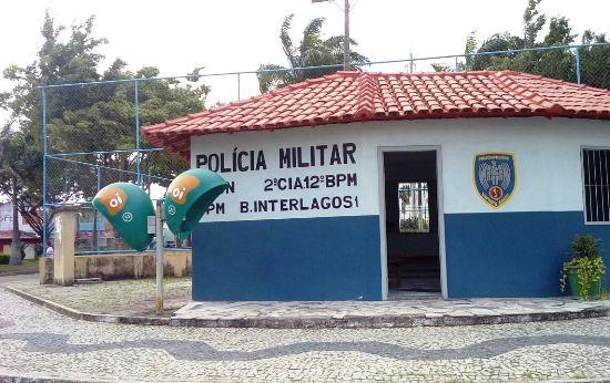 Padaria assaltada no Interlagos. Bandidos fugiram de Amarok