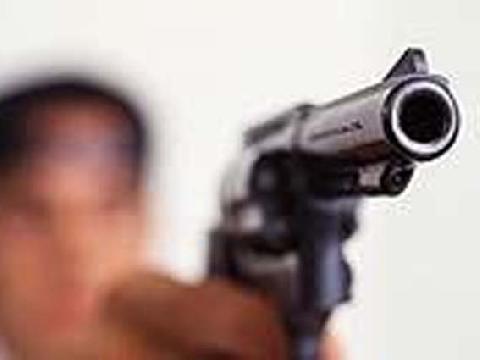 Assaltantes sequestram vítima no BNH