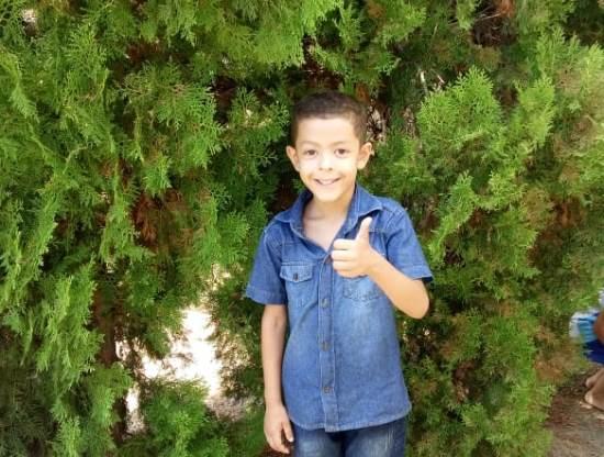 Bairro Aviso: Garotinho pede ajuda para realizar sonho de aniversário