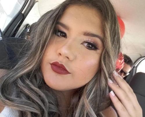 15 anos de Amanda: Eu é quem ganho presente por tê-la como filha, diz mãe emocionada