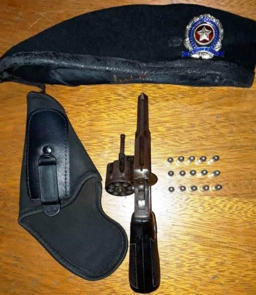 No Bar: Baculejo, arma apreendida e homem conduzido de Sooretama para a DRL