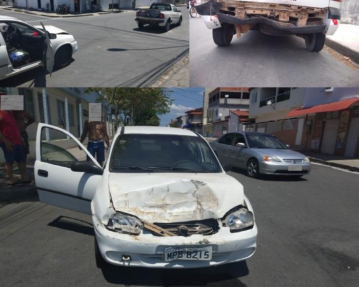 Corsa bate em Pick-up estacionada no Interlagos. Condutor é levado para a delegacia