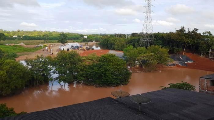 Ensecadeira no rio Pequeno é elevada em Linhares