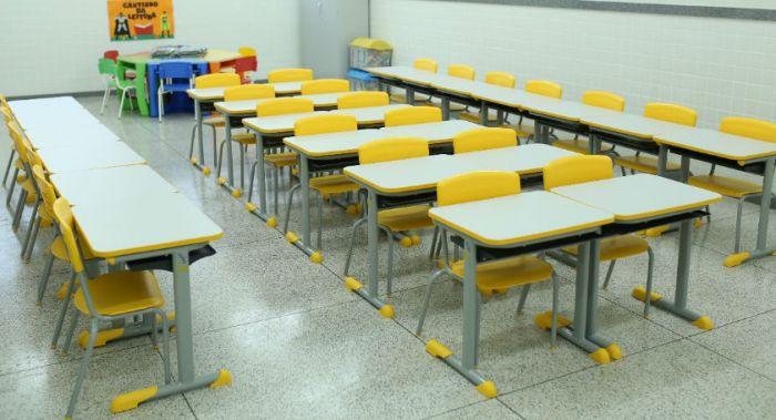 Faceli e escolas da rede municipal sem aulas em Linhares