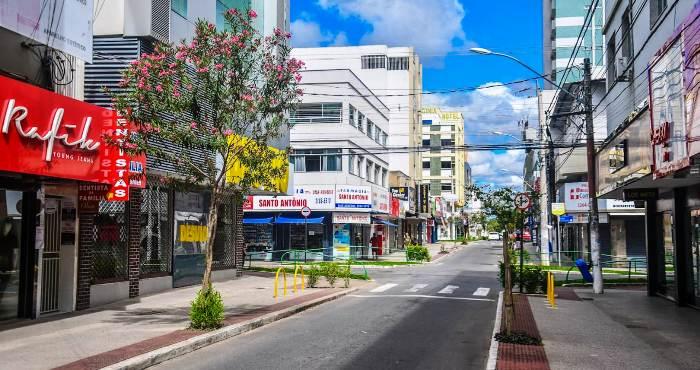 Comércio: Estabelecimentos de Linhares voltam a funcionar em dois turnos