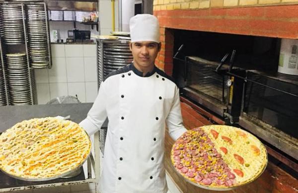 Pizzaiolo  morre em acidente na BR-101, em Linhares