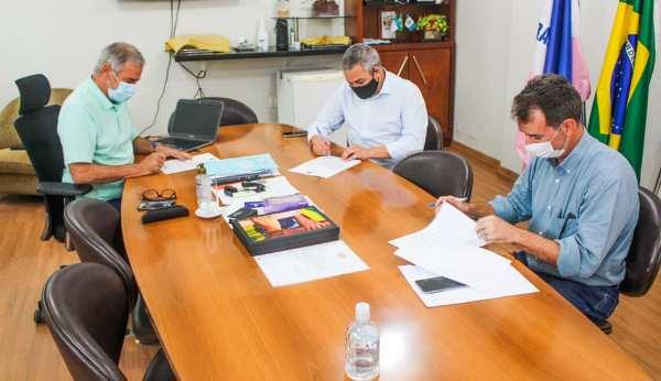 Câmara de Linhares terá 20% a menos no repasse feito pela Prefeitura