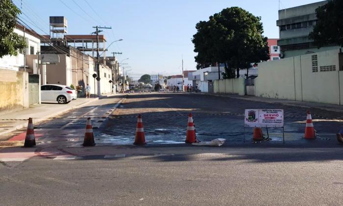 Atenção motorista: Tem desvio no bairro Araçá