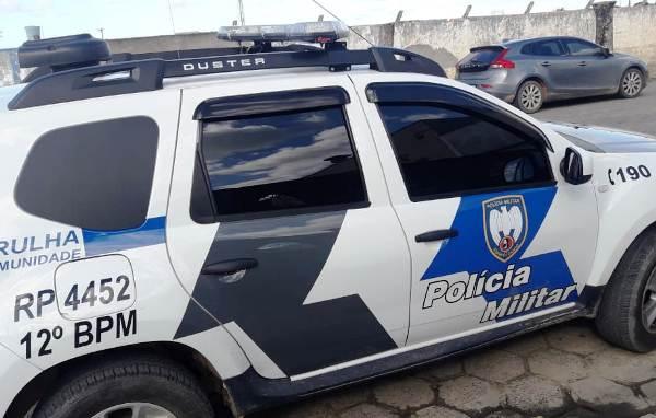 Jovem com 2 mandados em aberto é preso no Aviso em ação dos PMs Sombras
