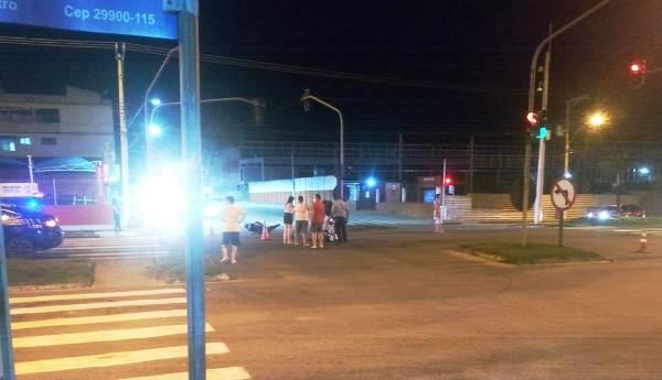 Carro x Moto: Motorista é preso após causar acidente na BR-101, em Linhares