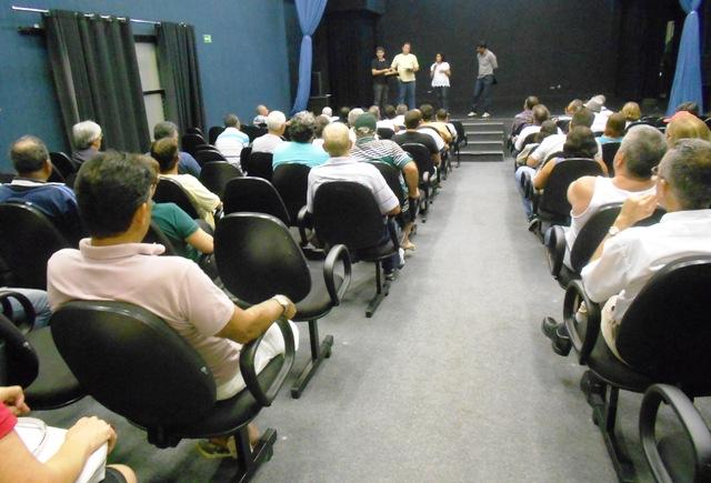 Reunião: nova diretoria do Linhares se surpreende com apoio dos associados