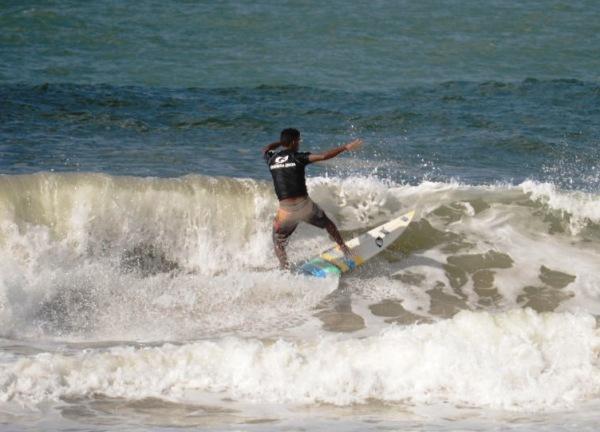 Destaque Nacional: Regência é a 6ª melhor praia para a prática de surf no Brasil
