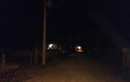 Escuridão em Regência: Até quando ficará assim, pergunta morador